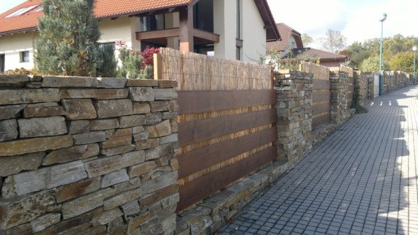 Kamenne ploty cenik